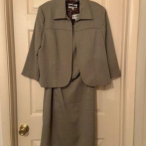 Dress Suit, Studio 1, size 14